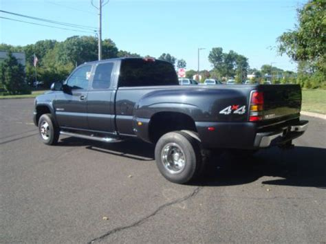 used gmc sierra classic 3500 extended cab pickup kelley blue book sell used 2005 gmc sierra 3500 slt ext cab pickup 8 1l loaded excellet shape low miles in