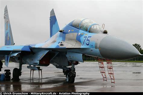 photos sukhoi su 27 flanker militaryaircraft de