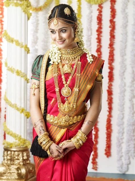 hairstyles for saree in indian wedding tamil indian bride red fashions pinterest hindus