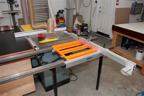 dead flat assembly table matt s integrated outfeed assembly table the wood whisperer