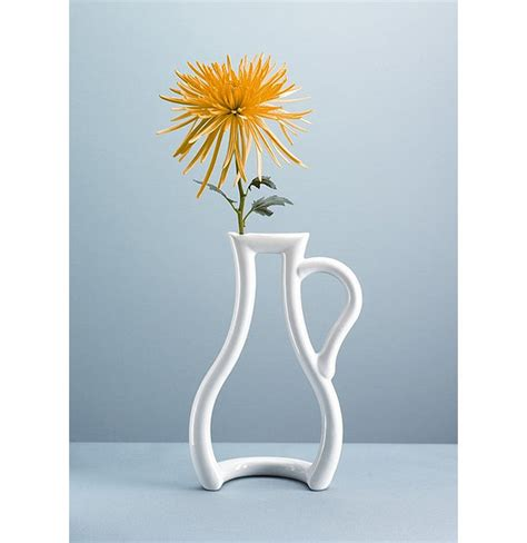 Flower Vase by Innovative Flower Vases