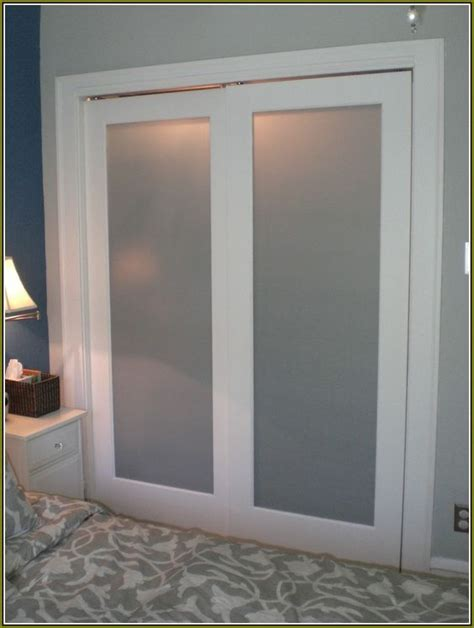 Frosted Closet Sliding Doors by Sliding Closet Doors Frosted Glass And Closet Doors On