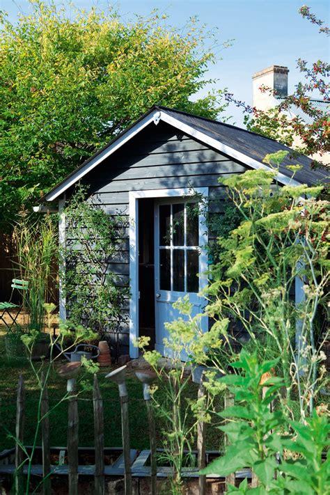 Merveilleux Cabane De Jardin En Tole #1: cabane-jardin-bois-tole.jpg