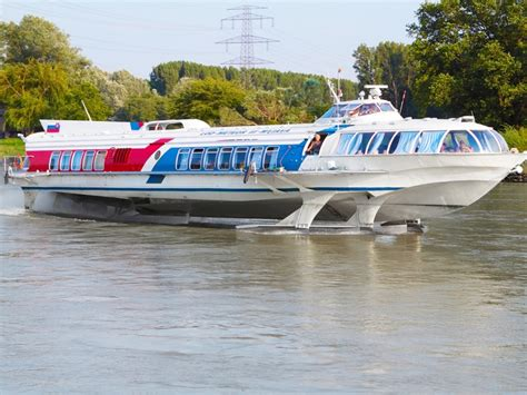 speedboot wien vienna to bratislava by hydrofoil bratislava to vienna