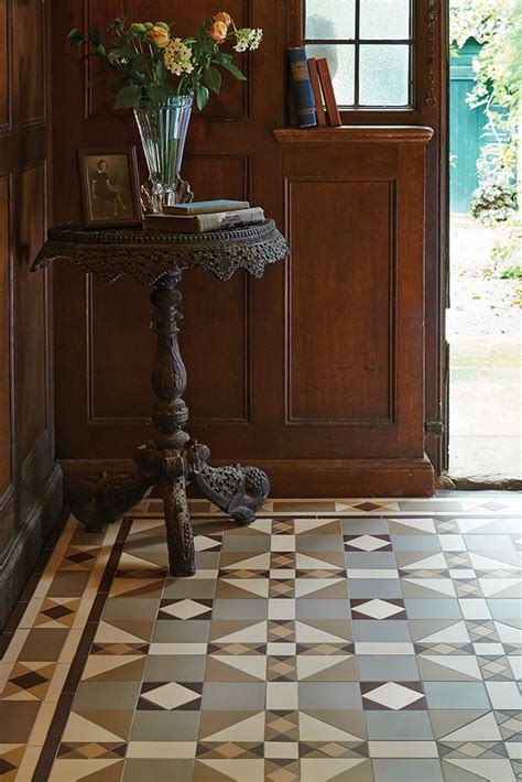 colchester victorian tiles resource tiled hallway