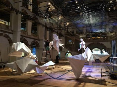 Origami Installation - giga origami installation fubiz media