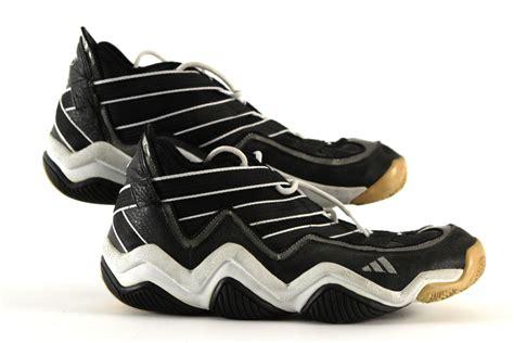 walker boston lot detail 1996 antoine walker boston celtics signed worn adidas shoes rookie