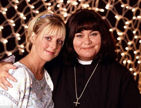 uk actress emma chambers vicar of dibley s emma chambers dies aged 53 daily mail