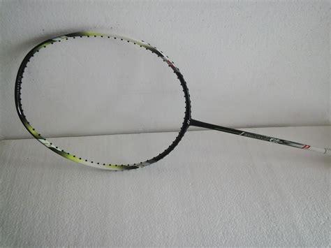 Raket Yonex Isometric Alpha jual perlengkapan olahraga bulutangkis badminton
