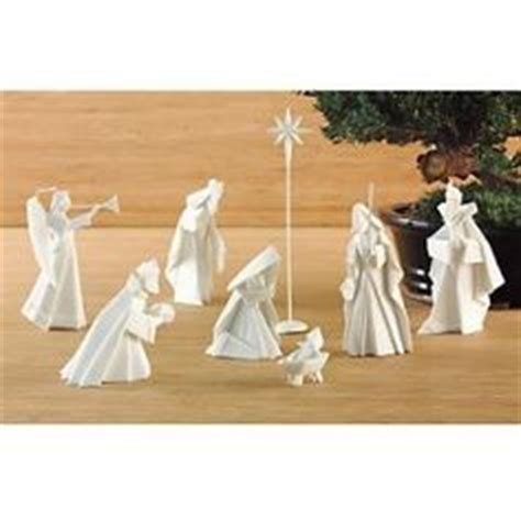 Porcelain Origami Nativity Set - happy birthday jesus on nativity jesus and