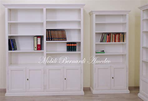 librerie con ante libreria con ante chiuse