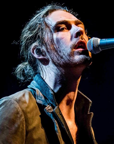 hozier tickets times square gossip just mesmerized by hozier s take me