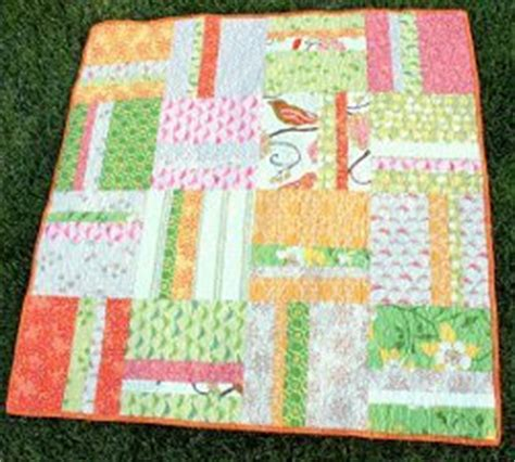 Baby Quilt Patterns For Beginners by Simple Stripes Beginner Quilt Favequilts