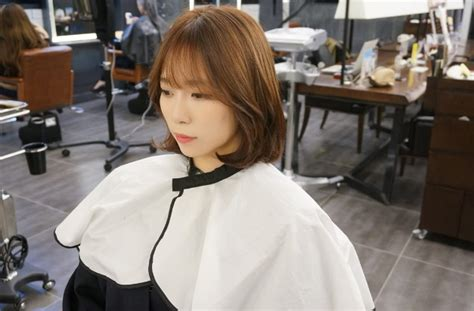 kpop curl perm middle hair hot style short c curl perm with see through bangs