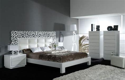 dormitorio frontales  cabecero en piel sintetica  combinado en color blanco dormitorios en
