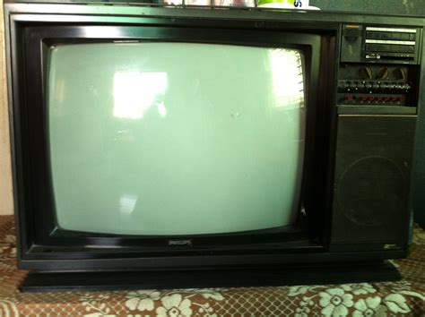 Tv Tabung Philips 21 Inch 21 philips japan made crt tv clickbd