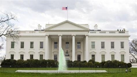 white house live donald trump might not live in the white house full time