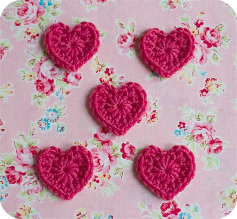easy crochet heart pattern uk 17 best images about ropa nenas on pinterest simple