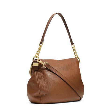 shoulder bag leather lyst michael kors bedford tassle medium leather shoulder