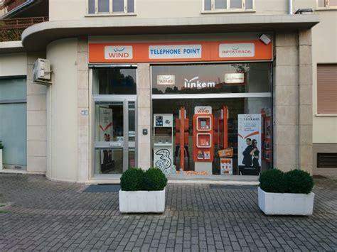 negozio wind porta di roma dove siamo telephone point