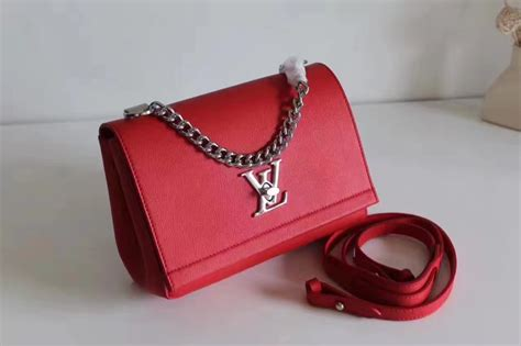 Dompet Louis Vuitton Lockme Ii Soft Calf Leather Hitam M62328 louis vuitton m51202 lockme ii bb rubis soft calf leather