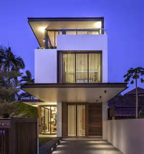 Narrow Modern House Long Amp Narrow House In Singapore Encouraging Strong Family