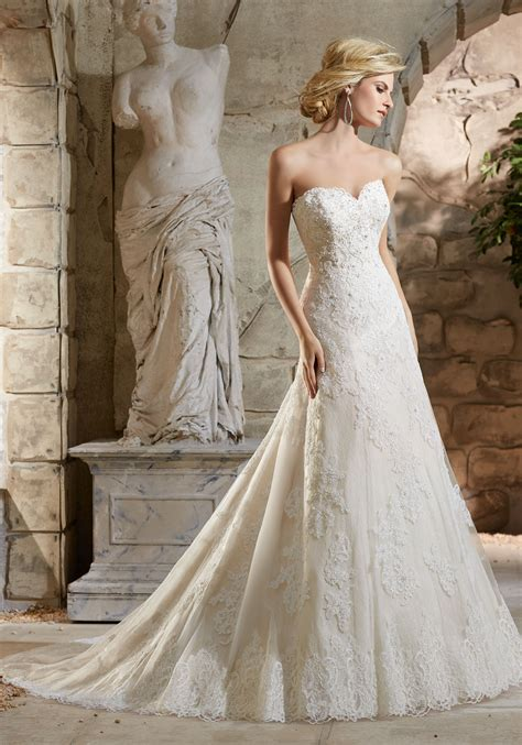 alencon lace appliqu 233 s on net on lace wedding dress
