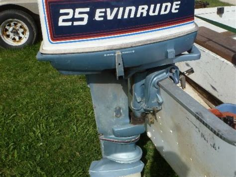 starcraft fishing boat seats 1981 starcraft 16ft aluminum fishing boat with evinrude