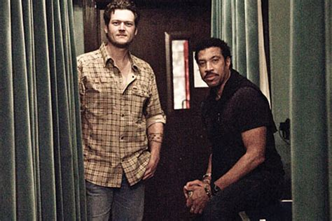 lionel richie e blake shelton new you are video takes fans behind the scenes with