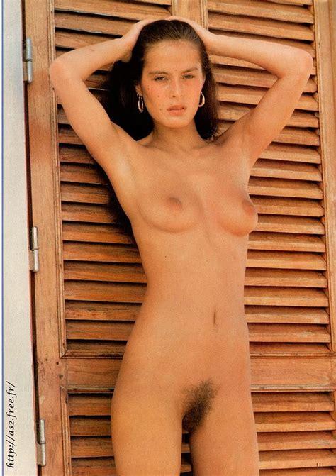 L U Th P C M V Celebrity Nude Bambou