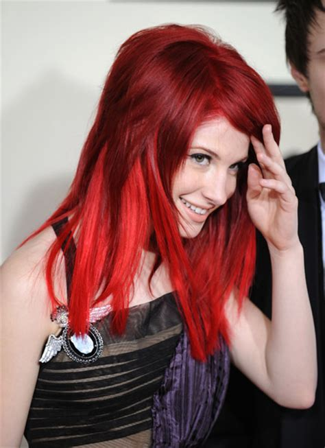 is hailey williams hair naturally red cherry red hair hayley william s hair photo 20601068