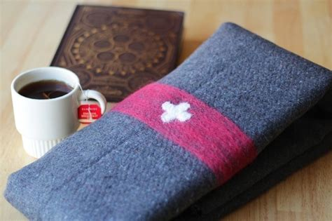 cing diy projects diy wool swiss army blanket 183 how to make a fleece blanket 183 needlework on cut out keep