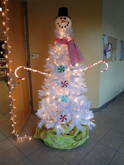 christmas tree decorated with snowmen 113 best p pink decorations images on
