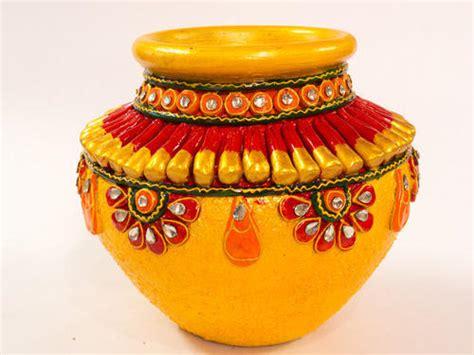 Indian Decorative Items Roop Rachana Ceramic Hand Painted Pot Handicraft Items