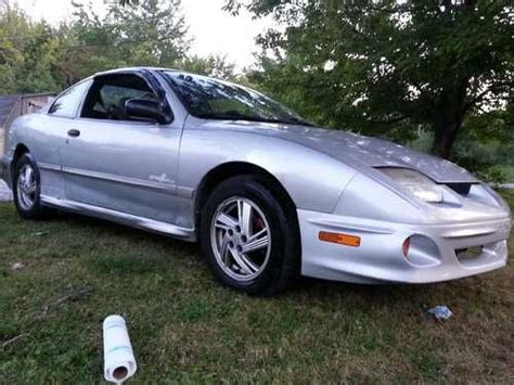 2000 Pontiac Sunfire Coupe by Sell Used 2000 Pontiac Sunfire Se Coupe 2 Door 2 2l