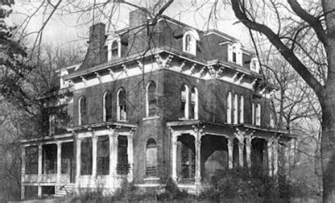 real haunted houses in illinois haunted illinois