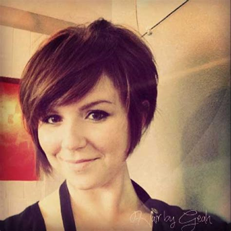 chop hairstyle for women longer version pictures short hairstyles short platinum pixie haircut