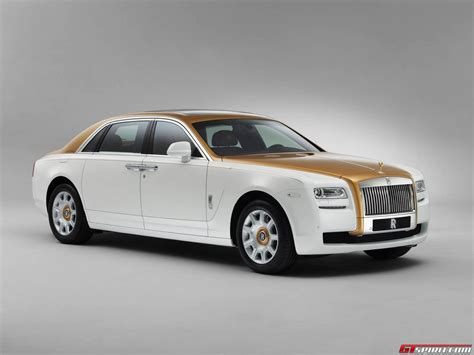 rolls royce ghost gold official rolls royce ghost golden sunbird gtspirit