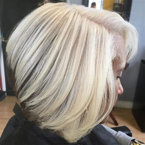 Platinum Hairstyles by 32 Best Platinum Hair Colors And Highlights For 2018