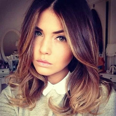 haircuts for 50ish women 67 best short shorts and high heels images on pinterest