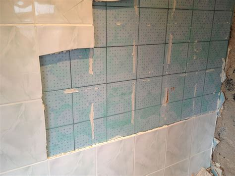 can you tile a bathtub 854 all new can you wallpaper over tiles in bathroom