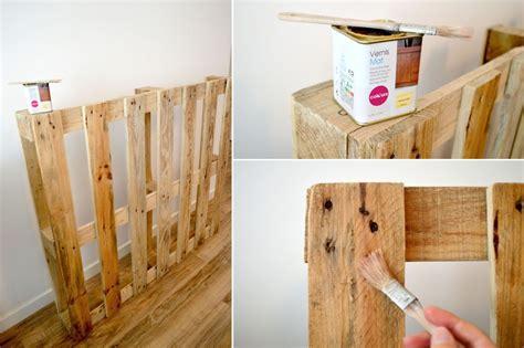 faire une tete de lit avec une planche en bois comment faire une tete de lit en palette