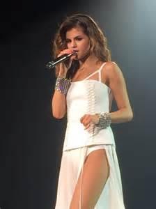 Selena gomez revival show in melbourne