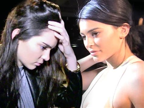 micasaessucasa kendall y kelly kendall and kylie jenner pull all vintage t shirts