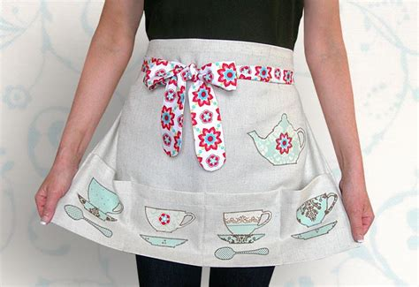 free sewing pattern half apron quilt inspiration free pattern day aprons