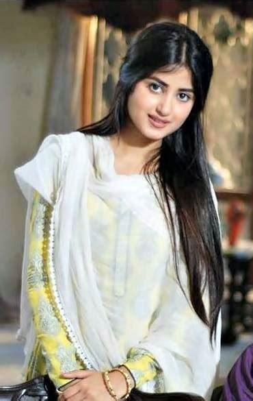 sajal ali photo gallery biography pakistani actress sajal ali pakistani actress biography and pictures 9