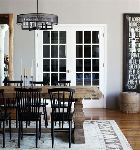 rustikales esszimmer design rustikaler holz esstisch einrichtung ideen