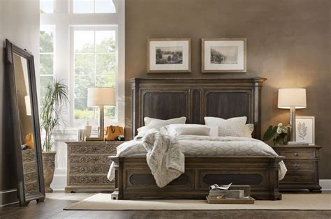 mansion bed hooker furniture bedroom woodcreek king mansion bed 5960 90266 multi