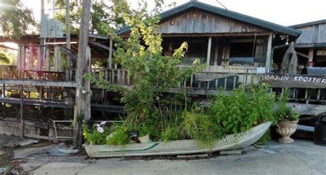 boat rental atchafalaya basin turtle bar houseboat rentals and sw tour headquarters