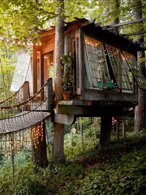 treehouse homes 25 best ideas about tree houses on pinterest amazing